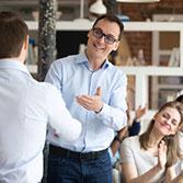 4 conseils pour féliciter ses collaborateurs