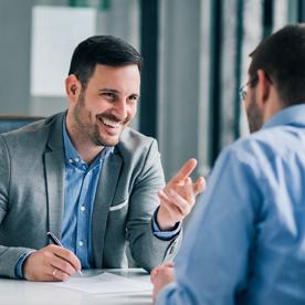 4 différences entre l'entretien annuel et l'entretien professionnel
